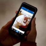 Papa Francisco supera marca de 5 milhões de seguidores no Instagram